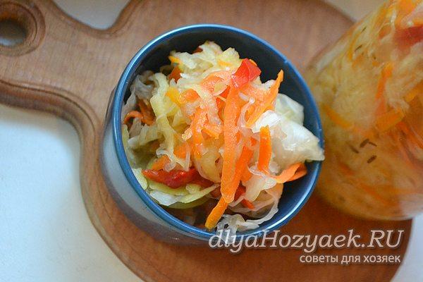 Салат с яблоками и перцем
