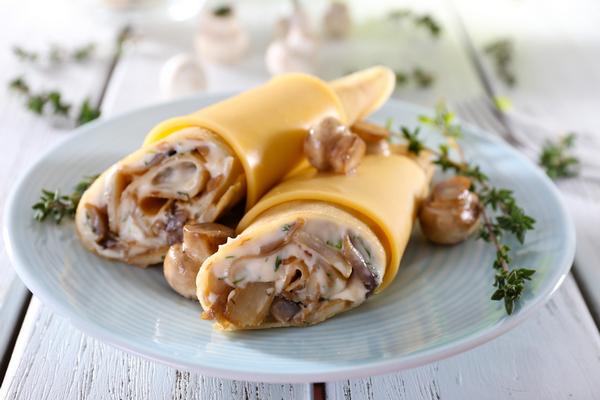блины с сыром и грибами