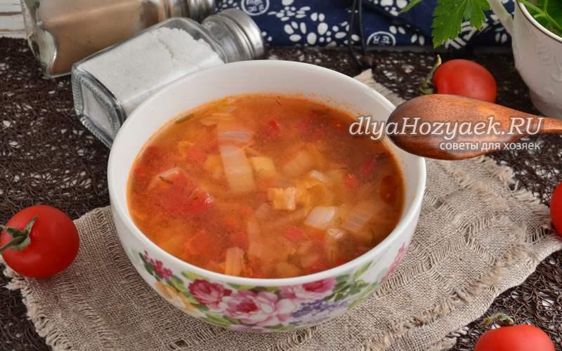 Жиросжигающий суп с томатами и капустой